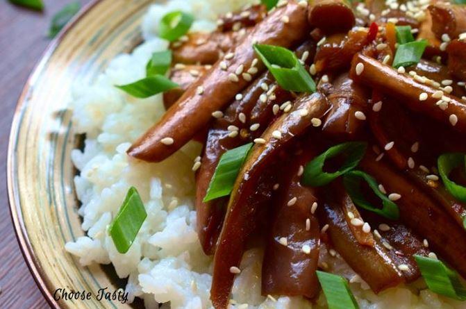 Vinete chinezesti in sos iute ceapa verde si seminte de susan